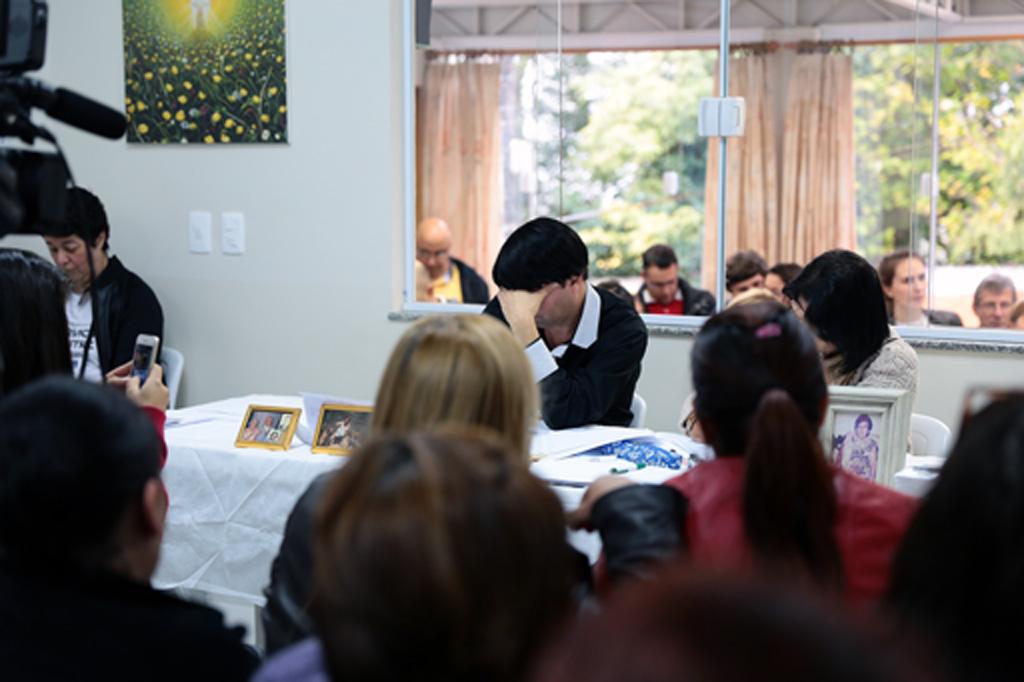 Veja fotos do evento Cartas Consoladoras